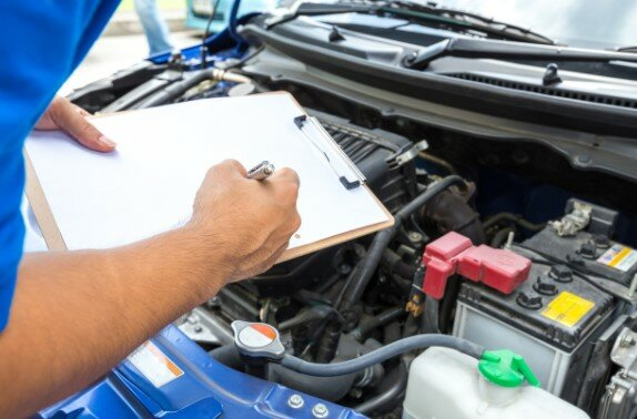 Deciding On A Mechanic To Solve Your Transmission